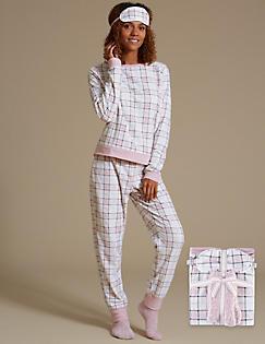 e5b3021e84b4 Long Sleeve Checked Pyjama Set