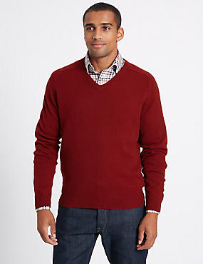 Pure Lambswool V-Neck  Jumper, MEDIUM RED, catlanding