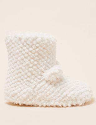 Kids' Faux Fur Slipper Boots (5 Small - 6 Large)