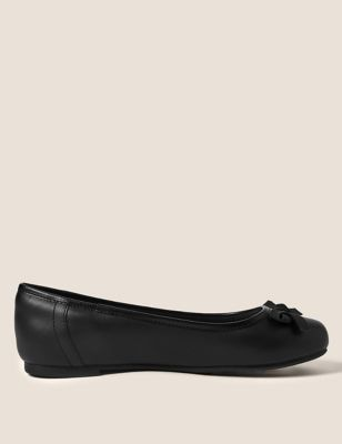 Kids' Leather Ballet Pumps (13 Small - 9 Large)