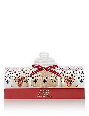 Limited Edition Fleurs de France Bathing Collection, , catlanding