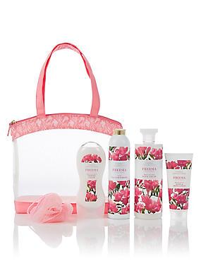 Freesia Toiletry Bag, , catlanding