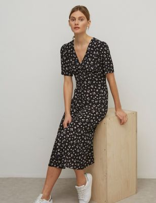 Floral V-Neck Midaxi Tea Dress
