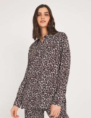 Leopard Print Collared Long Sleeve Shirt