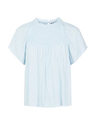 Textured Round Neck Short Sleeve Blouse
