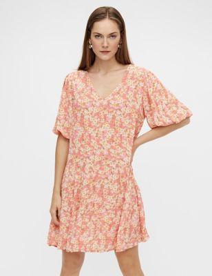 Floral V-Neck Puff Sleeve Smock Dress