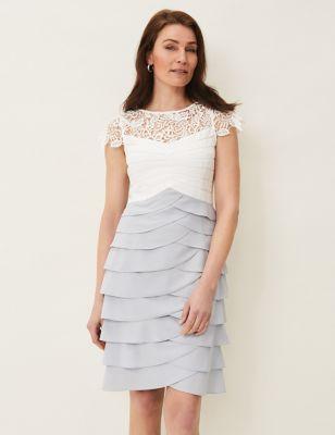 Contrast Round Neck Knee Length Dress