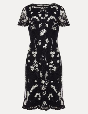 Floral Embroidered Round Neck Shift Dress