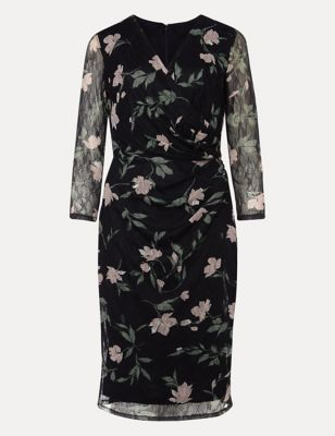 Floral Lace V-Neck Waisted Dress