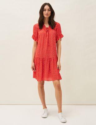 Floral V-Neck Knee Length Swing Dress