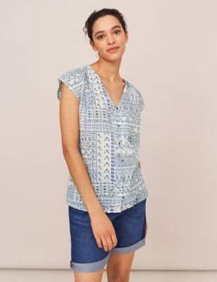 Organic Cotton Geometric V-Neck Top