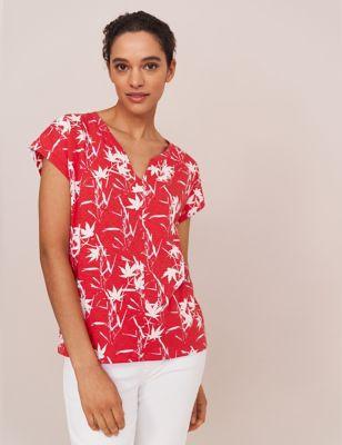 Pure Cotton Leaf Print V-Neck T-Shirt