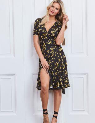 Floral V-Neck Ruffle Knee Length Tea Dress