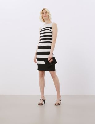 Striped Sleeveless Knee Length Shift Dress