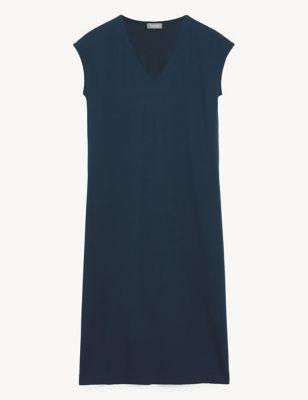 Jersey V-Neck Sleeveless Shift Dress