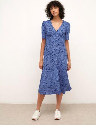 Heart Print V-Neck Midaxi Tea Dress