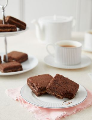 6 Salted Caramel Brownies Letterbox Gift