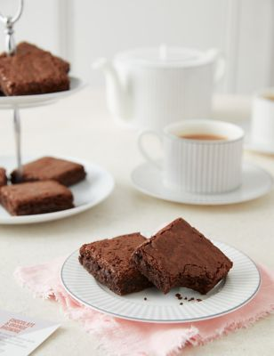6 Indulgent Chocolate Brownies Letterbox Gift