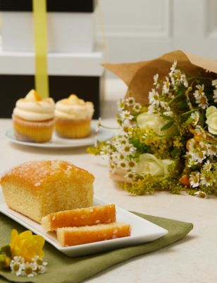 Afternoon Treats With Flowers Gift Set
