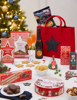 Festive Fun & Games Gift Bag (Delivery from November 2021)