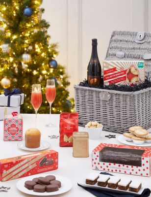 Christmas Tea In Mayfair (Delivery from 15th December 2021)
