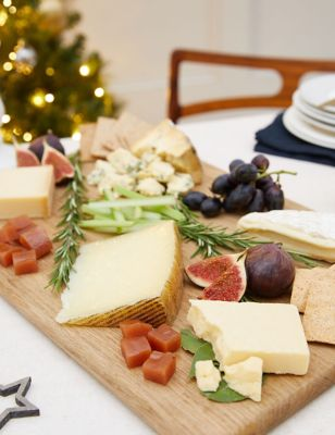 Cheesemonger Hamper (Delivery from 19th December 2021)
