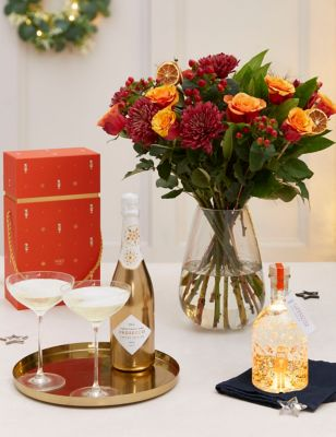 Clementine Light Up Snow Globe Gin Liqueur & Bouquet Gift (Delivery from 2nd December 2021)