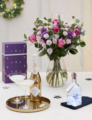 Spiced Sugar Plum Light Up Snow Globe Gin Liqueur & Bouquet Gift (Delivery from 2nd December 2021)