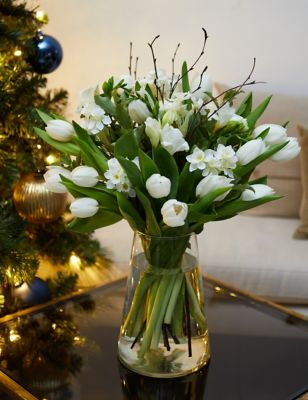 Ready To Arrange Fragrant Winter White Posy (Delivery from 17th November 2021)
