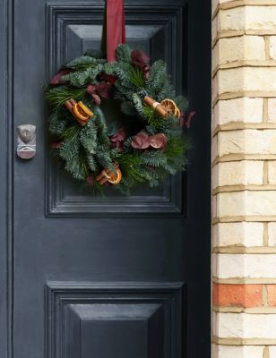Make Your Own Red Festive Wreath (Delivery from 20th November 2021)