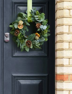Make Your Own Green Festive Wreath (Delivery from 20th November 2021)