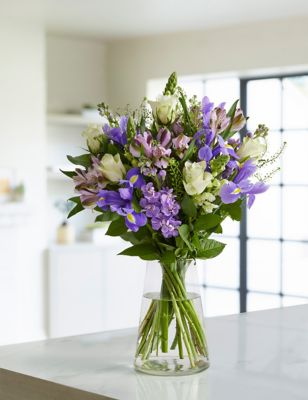 Stocks & Roses Bouquet (Delivery from 21st May 2021)