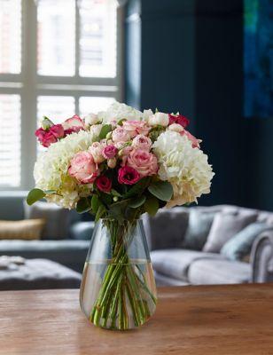Classic Hydrangea & Rose Bouquet