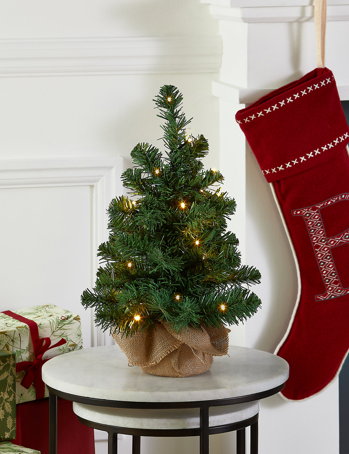 Image of 1.5Ft Lit Nordic Spruce Tree