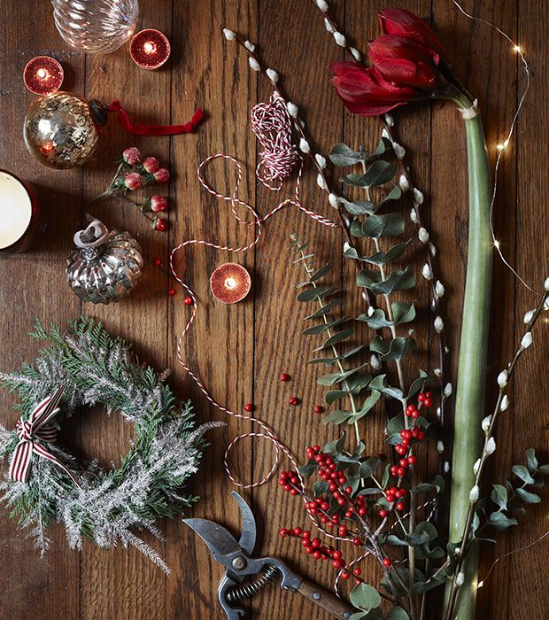 get the look - Christmas Flower Decorations