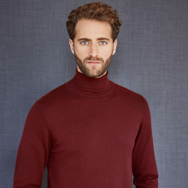 How to wear men s roll neck jumpers for Mens red wool shirt